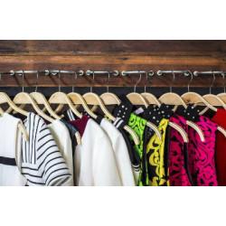 От чего зависят требования к одежде для детей?